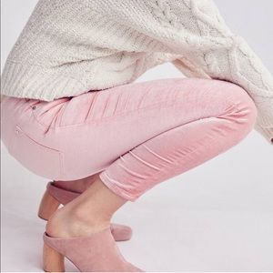 Anthropologie • pilcro highwaisted velcro Jeans